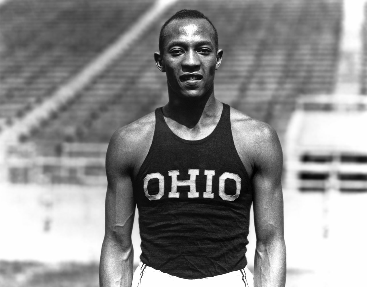 an introduction to the life of jesse owens Describes the life of track-and-field athlete jesse owens, from his childhood in alabama and his family's move to cleveland to his athletic career which culminated in.
